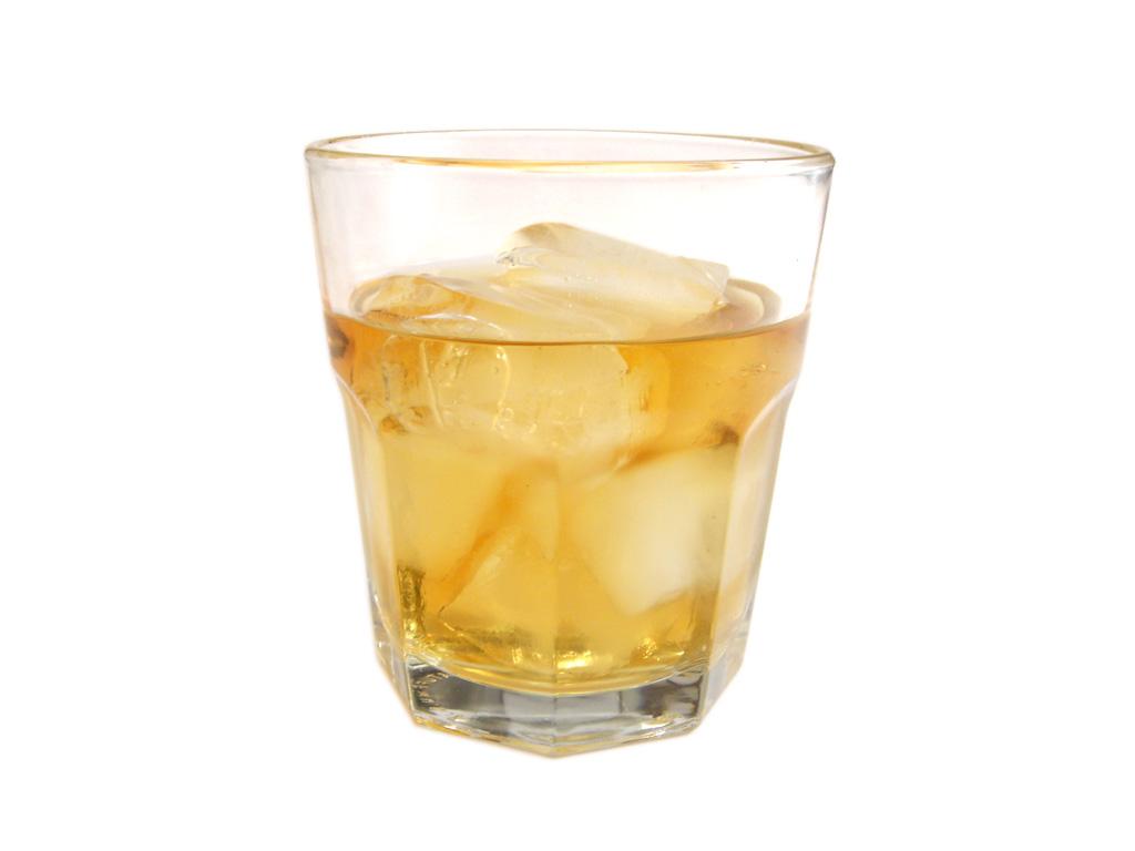 whiskey-on-the-rocks